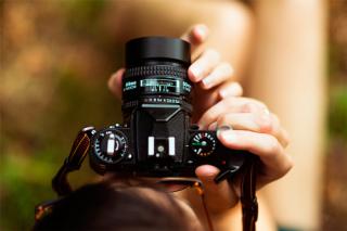 fotógrafo câmera semiprofissional